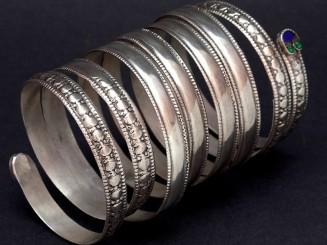 Kuchi old silver spiral...