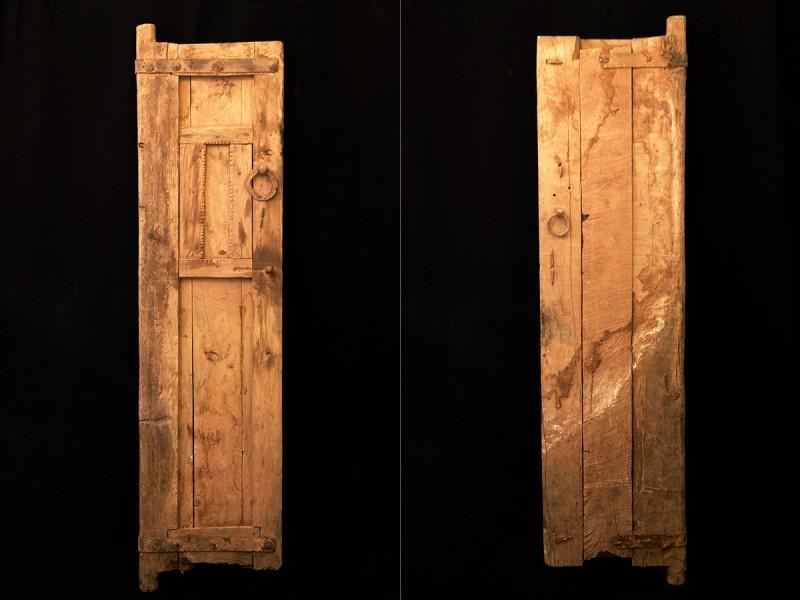 Berber old wooden door panel
