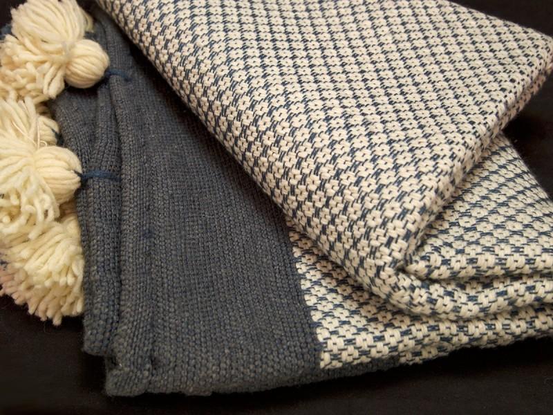 Moroccan artisan handwowen wool blanket S