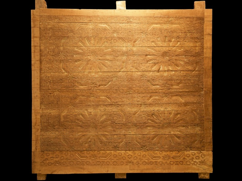 Panel madera cedro tallado vintage.