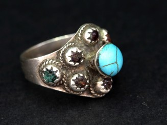 Kuchi silver and glass old ring