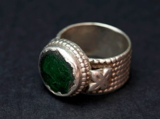 Silver and glass vintage ring