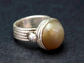 Vintage silver agate ring