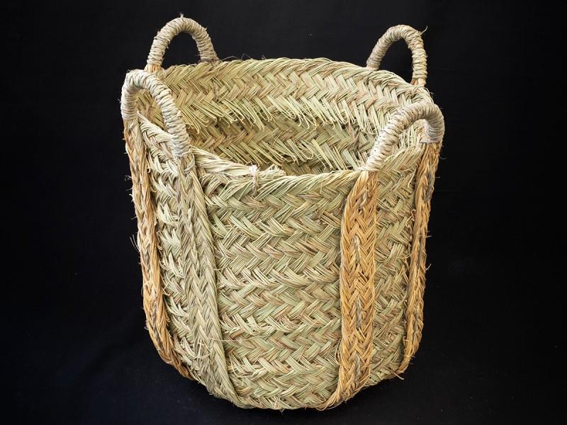 Handmade esparto grass basket. Four handles