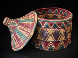 Lidded straw basket. Guercif
