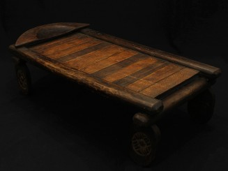 Old Senufo bed
