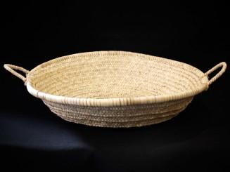 Woven vegetal fiber dish L