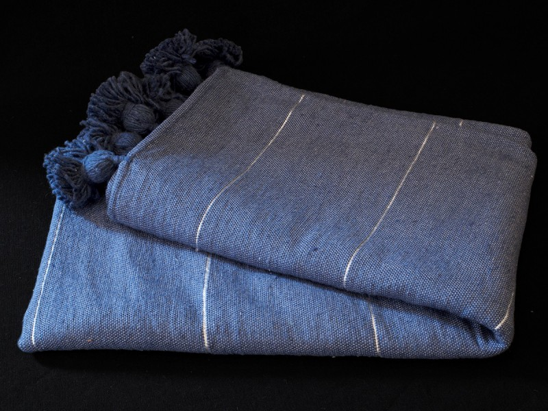 Moroccan artisan handwowen cotton blanket.