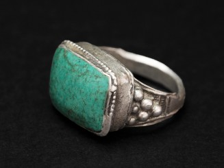 Old Turquoise silver ring