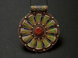 Kabyle style silver, coral and enamel pendant