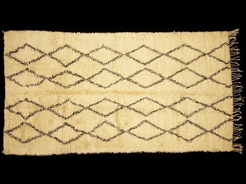 Berber wool knotted Beni Ouaraïn rug