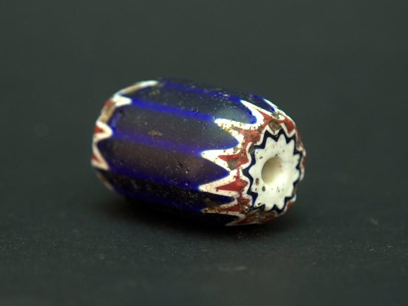 African trade chevron bead (XL)