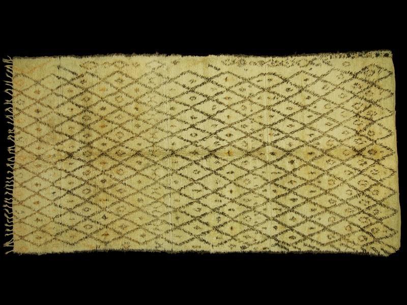 Berber wool knotted Beni Ouaraïn rug (vintage)