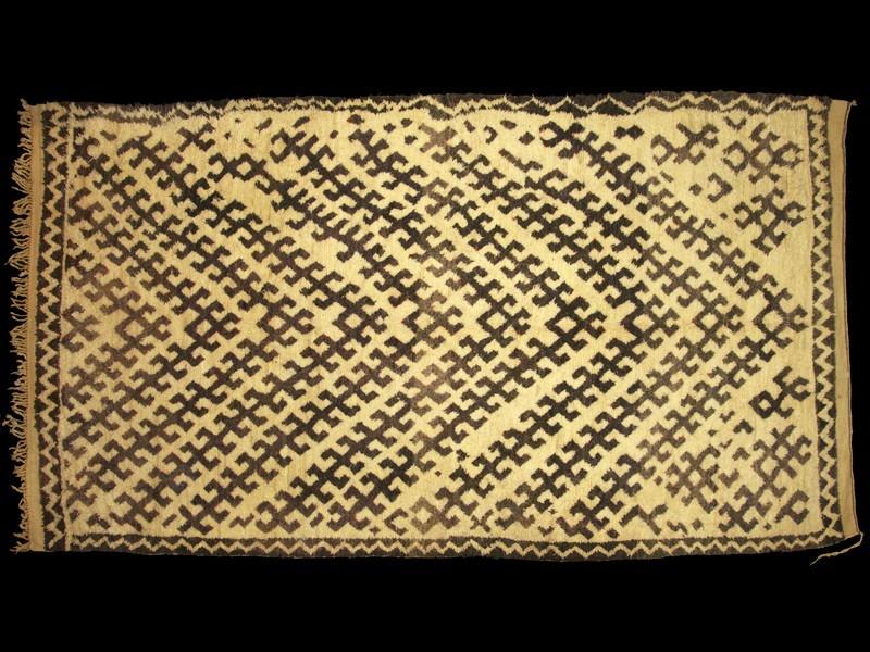 Talsint Berber rug vintage