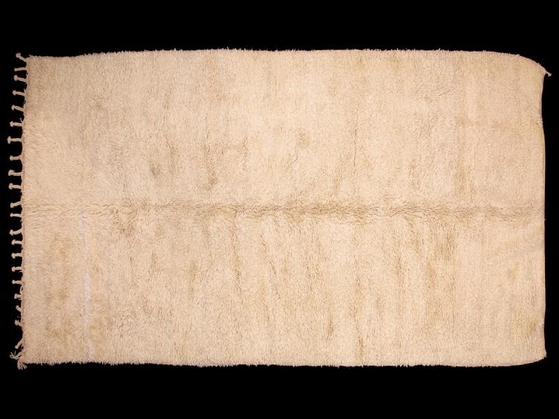 Berber knotted wool Beni Ouaraïn rug (white/cream)